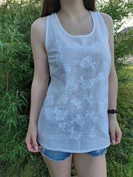 Шикарная вышитая блузка майка с красивой спинкой 2 цвета