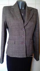 Красивый, стильный, деловой, офисный, приталенный пиджак Atmosphere, на р-ры M