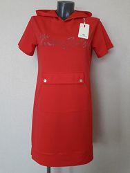 Новинка сезонаКрасивое, эффектное, модное, прогулочное платье с капюшоном