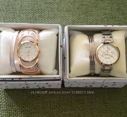 Жіночі наручні годинники.