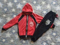 Спортивный костюм на девочку 110-116 см. Украина
