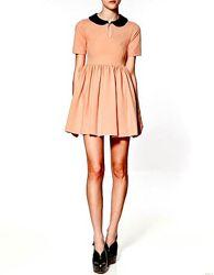 Персиковое платье Zara с воротником S