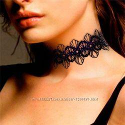 Ожерелье кружевное