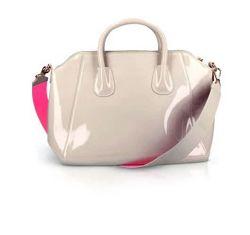 Стильная классическая лаковая сумочка пудрово-бежевого цвета Oriflame 42380