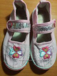 Тапочки тканевые в детскиий сад или ходить на кружки