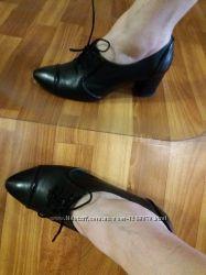 Удобные элегантные кожаные туфли -ботильоны cavaletto италия на ножку 24, 5