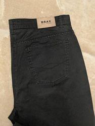 Комфортные стрейчевые джинсы brax