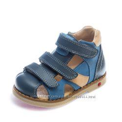 Кожаные сандалии ортопеды на 3-х липучках Panda 1074067 голубые