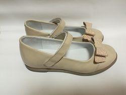 Кожаные туфли с блестящим бантиком  Мальвы 109Ш-321 беж
