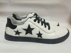 Кожаные кроссовки с Глиттерными звездами Мальвы
