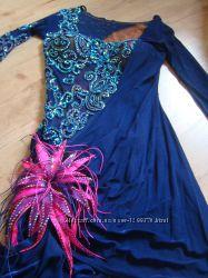Яркое платье для латины бальные танцы
