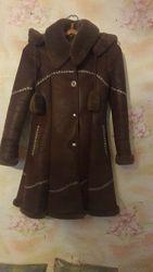 Куртка. Пальто. Дубленка на девочку 10 - 12 лет