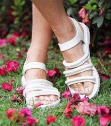 Ароматные босоножки от Бразильского бренда Melissa Размер  38. 5