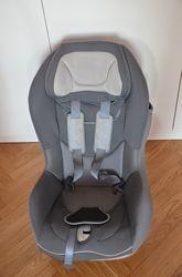 Детское кресло Chicco Artsana Universal 9-18 кг