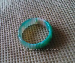 Красивое цельное гладкое кольцо из натурального камня агат размер 18, 5