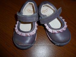 туфельки Clarks на девочку