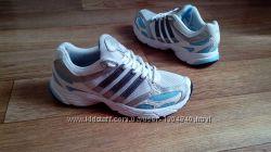 белые беговые кроссовки adidas 24- 24. 5