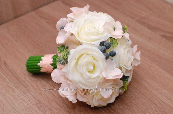 Большой стильный свадебный букет - дублер из искусственных цветов