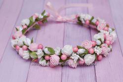 Венок веночек с цветами бело-розовый