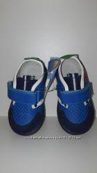 Отличные кроссовки для детишек