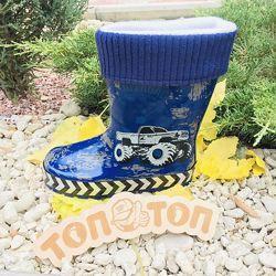 Дитячі гумові чоботи р.29-35  для хлопчиків зі зємною підкладкою