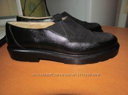 Полностью кожаные туфли Next Италия р. 37, стелька 23. 5 см