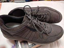 продам мужские кроссовки GEOX