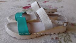 Босоножки кожаные. Украина. Размер 40 25, 9 см
