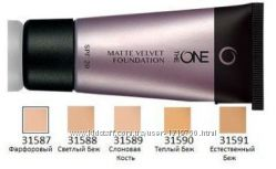 Стойкая тональная основа The ONE EverLasting Aqua Boost Matte Velvet