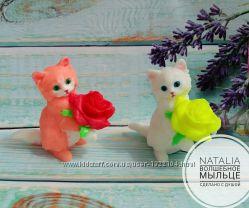 Подарок-Сувенир Кошечка с Розочкой