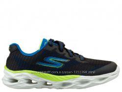 Новые стильные кроссовки Skechers Go Train. Размер 32.