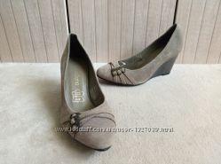 Стильные замшевые туфли 36рр laureana
