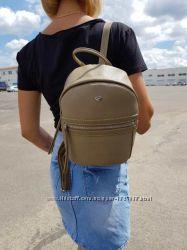 Крутой вместительный  рюкзак david jones