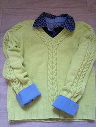 Вязаный пуловер для мальчика ручной работы