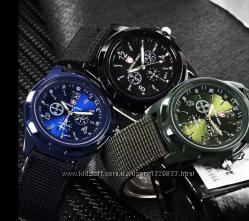 Мужские наручные часы. В трех расцветках