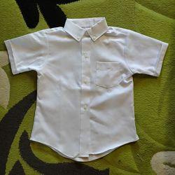 Рубашки школьные новые