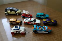 металические игрушечные коллекционые машинки MATTEL , HOT WHEELS модельки