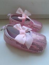 Шикарные Пинетки для девочки в пайетки розовые в наличии