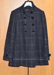 Шерстяное демисезонное пальто в клетку
