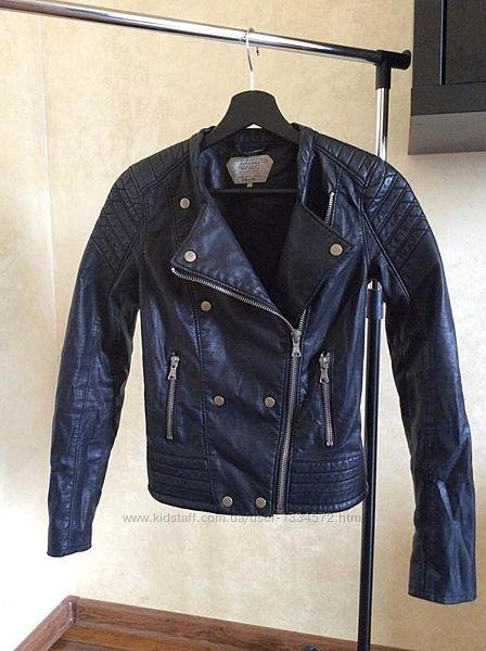 Стильная куртка косуха от zara кожанка
