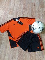 Форма для юного футболиста 146-152 см, Adidas, оригинал.