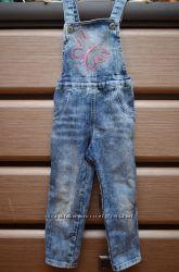 Джинсовый комбинезон Gloria Jeans для девочки 2-398 размер