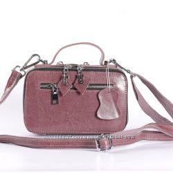 Красивая сумочка мини из натуральной кожи розовая
