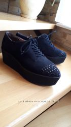 Туфли черные на танкетке платформе 41 размер, 26, 5 см, слипоны, замш, нубу