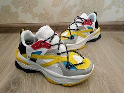 Класні кросівки 36-40р