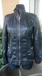 Распродажа. Куртка кожзам черная с резинками и карманами p. L, XL