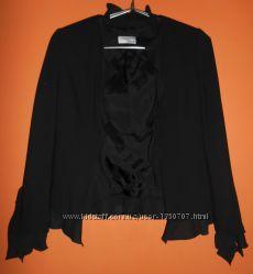 Пиджак черный с оборками