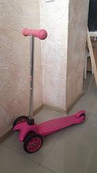 Самокат Eco-line SADDLER розовый. В идеальном состоянии