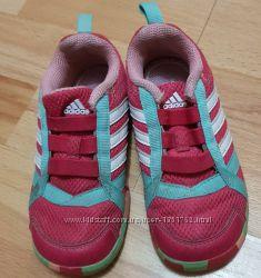 daa285bab Малиновые кроссовки Адидас 15, 5 см по стельке, 250 грн. Детские ...