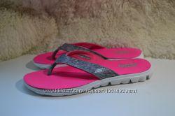 Skechers 39-40р шлепанцы, вьетнамки сандалии босоножки